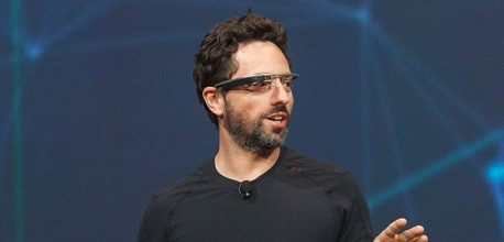 (Credit: CNET http://news.cnet.com/8301-17938_105-57462641-1/brin-google-glass-lands-for-consumers-in-2014/)